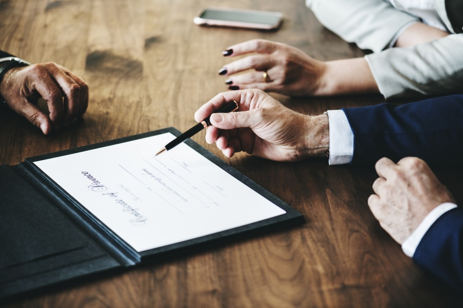 6 Habits for Insurance Agents to Succeed in Career