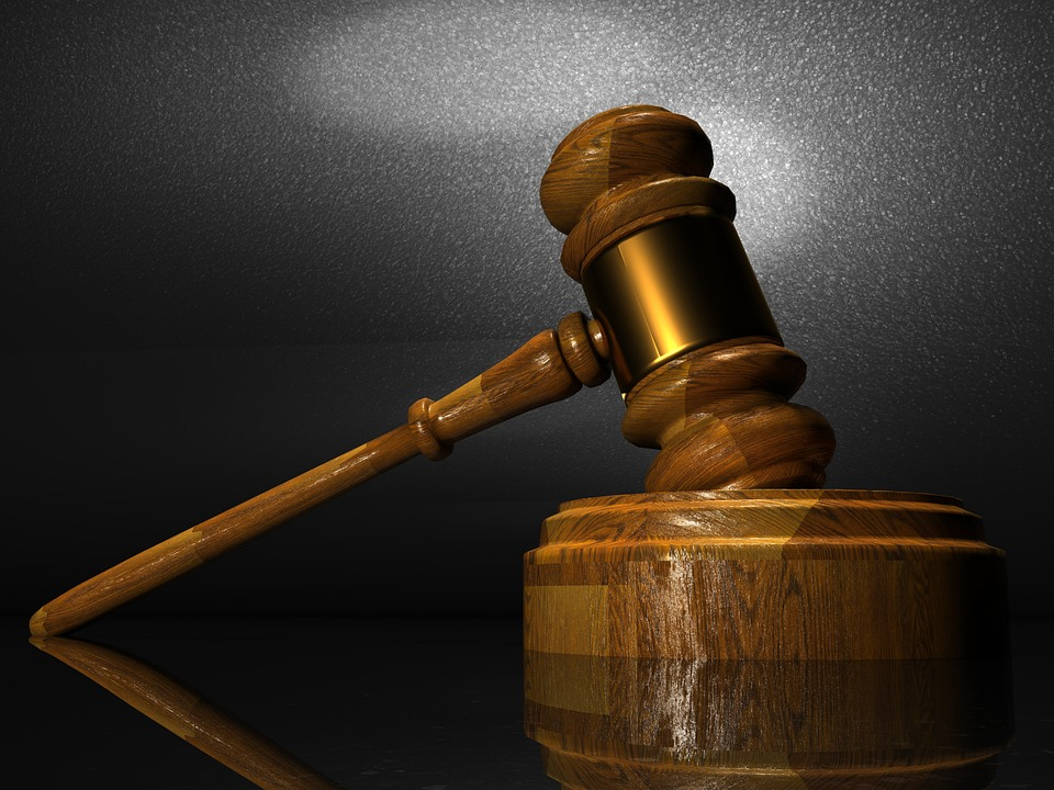 Filing a Lawsuit against Employer – Everything You Need to Know